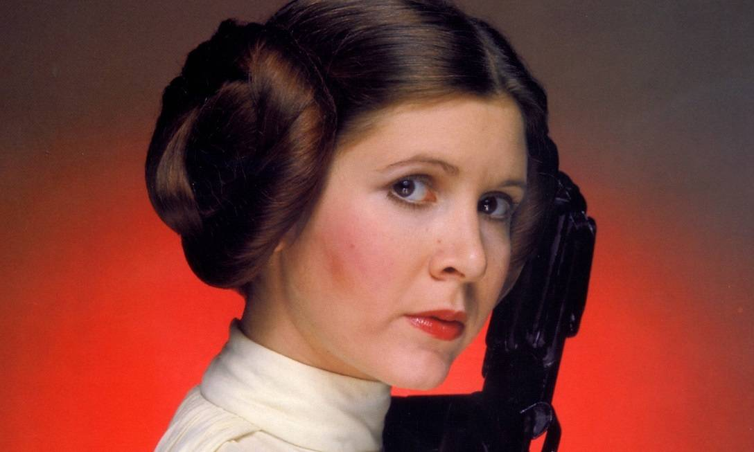 """CLH1.CA.0E.0319.FISHER.F12.0--wk-candyevent27: Handout photo of CARRIE FISHER to accompany CALENDAR WEEKEND listing: Grand Slam XI Science fiction fan convention celebrates """"Star Trek,"""" """"Star Wars"""" and """"Buffy the Vampire Slayer."""" It features more than 70 celebrities including William Shatner, Leonard Nimoy, James Marsters, Nicholas Brendon, Andy Hallett and others. Also sci-fi memorabilia and other collectibles on sale at the Pasadena Center."""